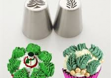 Russian piping nozzle christmas tree & leaf 2pcs